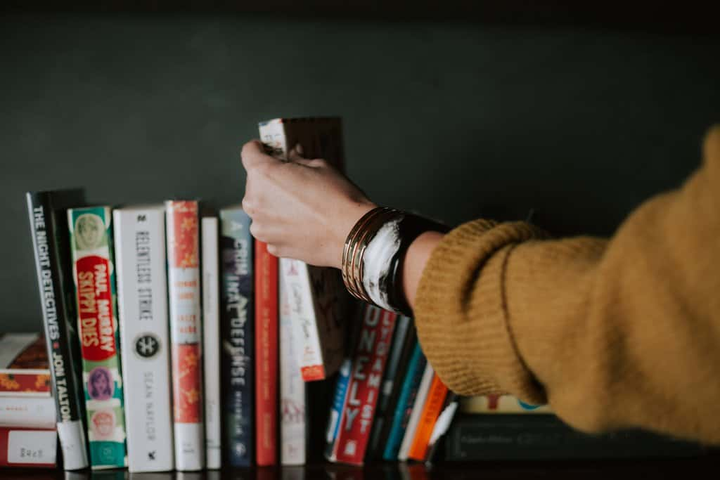 Five Must-Read Books for Travel Nurses
