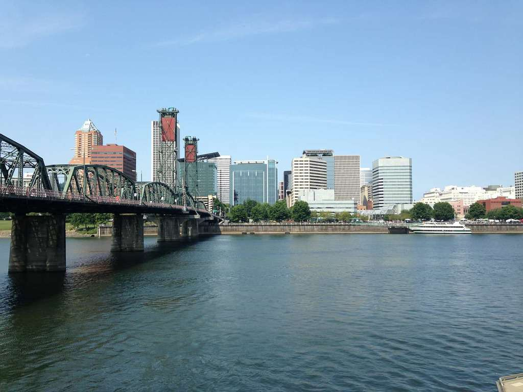 Coffee, Hiking, & Health Care: Why Portland is the Ideal Placement for Travel Nurses